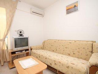 Two bedroom apartment Seget Vranjica, Trogir (A-8507-b)