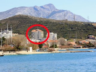 Two bedroom apartment Dugi Rat, Omiš (A-8666-a)