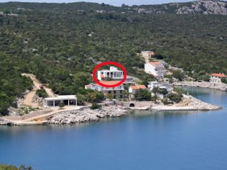 Two bedroom apartment Cove Pokrivenik bay - Pokrivenik (Hvar) (A-8673-a)