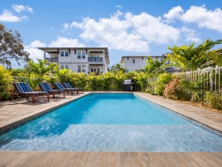 The Abalone – 8BR/6BA Private Home, Heated Pool, Private Cabana, Walk to Beach