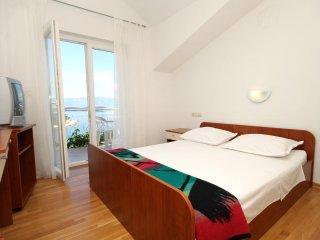 Two bedroom apartment Jelsa, Hvar (A-8765-c)