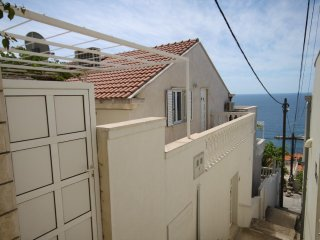 Three bedroom apartment Dubrovnik (A-8822-a)