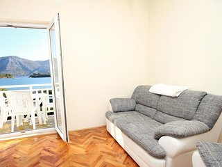 Two bedroom apartment Kneža, Korčula (A-9130-b)