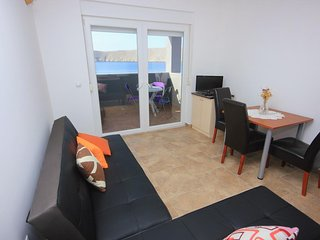 One bedroom apartment Vlašići, Pag (A-9385-c)