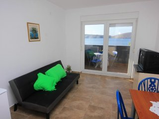 One bedroom apartment Vlasici, Pag (A-9385-e)