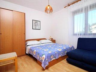 One bedroom apartment Bilo, Primošten (A-9467-d)