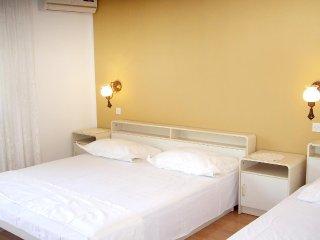 One bedroom apartment Marina, Trogir (A-10003-c)