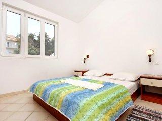 One bedroom apartment Marina, Trogir (A-10003-b)