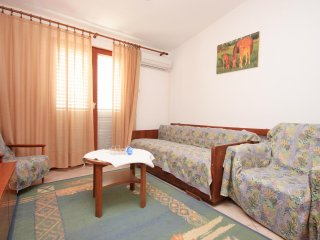 Two bedroom apartment Prizba, Korcula (A-9276-a)