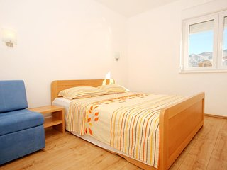 One bedroom apartment Duce, Omis (A-9437-d)