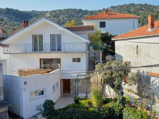 Two bedroom apartment Marina, Trogir (A-10238-a)