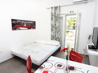 One bedroom apartment Duće, Omiš (A-10304-b)