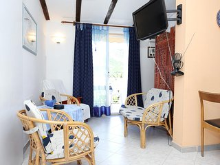 One bedroom apartment Zuljana, Peljesac (A-10112-b)