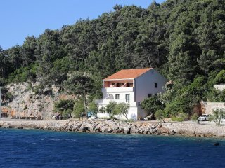 Two bedroom apartment Trstenik, Peljesac (A-10110-a)