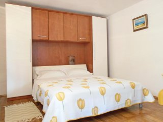 One bedroom apartment Veli Lošinj, Lošinj (A-8029-b)