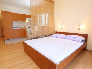 One bedroom apartment Zuljana, Peljesac (A-254-b)