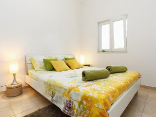 One bedroom apartment Seget Vranjica, Trogir (A-10328-b)