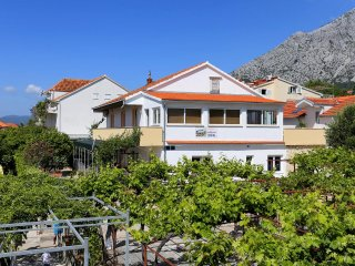Four bedroom apartment Orebic (Peljesac) (A-10102-a)