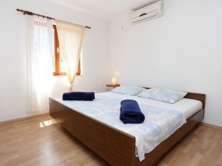 One bedroom apartment Trpanj, Pelješac (A-10121-b)