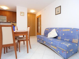 One bedroom apartment Arbanija, Čiovo (A-10347-e)