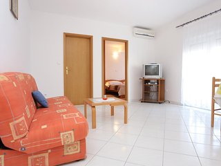 One bedroom apartment Arbanija, Čiovo (A-10347-b)