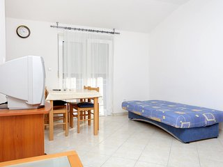 One bedroom apartment Arbanija, Čiovo (A-10347-c)