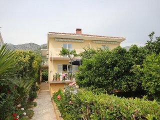 Two bedroom apartment Viganj, Peljesac (A-10188-a)
