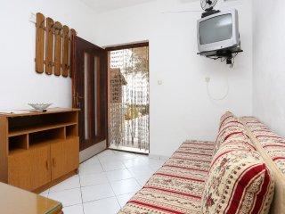 One bedroom apartment Poljica, Trogir (A-10353-b)