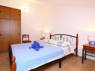 One bedroom apartment Poljica, Trogir (A-10353-d)