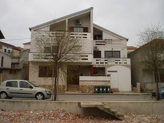 Two bedroom apartment Kali, Ugljan (A-11015-a)