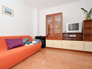 One bedroom apartment Arbanija, Ciovo (A-5228-d)