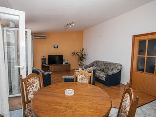Three bedroom apartment Mali Rat, Omiš (A-10014-d)