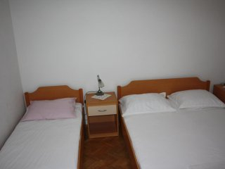 One bedroom apartment Mandre, Pag (A-11239-b)
