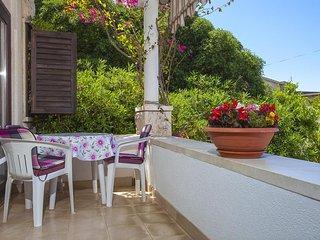 Makarska Apartment Sleeps 4 with Air Con - 5470511