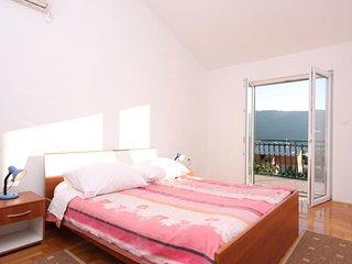 Two bedroom apartment Grebaštica, Šibenik (A-11572-b)