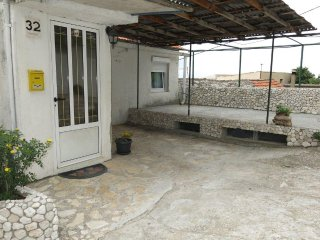 Three bedroom apartment Brist, Makarska (A-11039-a)