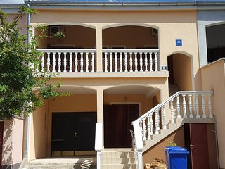 One bedroom apartment Starigrad, Paklenica (A-11683-a)