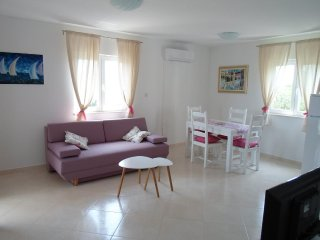 One bedroom apartment Kučište - Perna, Pelješac (A-10161-e)