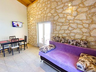 Two bedroom apartment Skozanje, Hvar (A-5713-d)