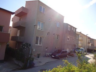 Three bedroom apartment Podstrana (Split) (A-11802-a)