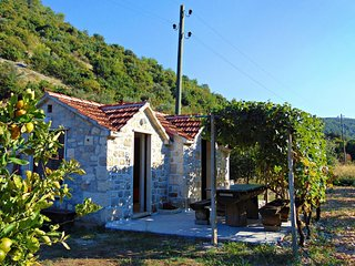 One bedroom house Postira, Brač (K-11886)