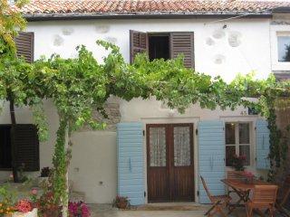 Two bedroom house Lindar, Središnja Istra (K-12007)