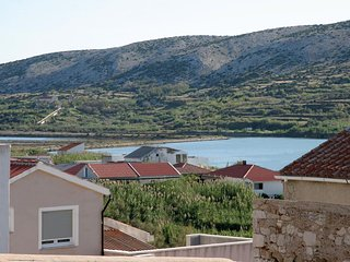 Pag Apartment Sleeps 4 - 5470987