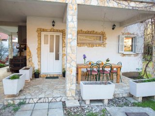 Two bedroom apartment Zuljana, Peljesac (A-12058-a)