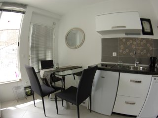 Makarska Apartment Sleeps 2 with Air Con - 5471011
