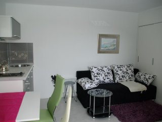 One bedroom apartment Makarska (A-12063-b)
