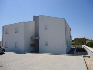 Two bedroom apartment Vrsi - Mulo (Zadar) (A-12083-b)