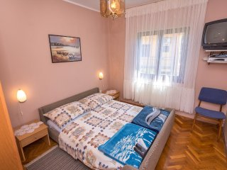 Two bedroom apartment Arbanija, Čiovo (A-12113-b)