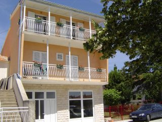 Two bedroom apartment Tribunj, Vodice (A-12144-a)