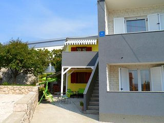 Two bedroom apartment Crikvenica (A-12305-b)